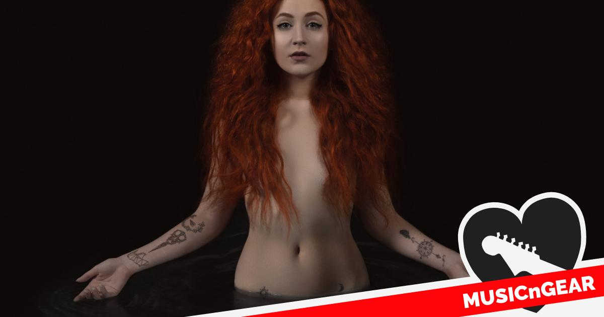 Article photo - An interview with Janet Devlin