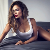 A fan of Jennifer Lopez matches 18% with Yamaha V7 SG44 Violin 4/4 or a relevant item